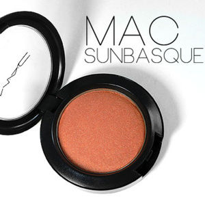"NIB MAC Blush ""SUNBASQUE"" Sheertone Shimmer"